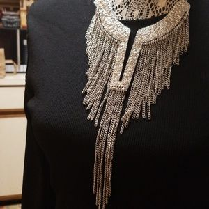 Jewelry - Silver necklace with chaind